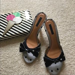 Unisa Sandals (never worn)
